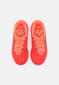 adidas Performance - X SPEEDFLOW.4 FXG UNISEX - Chaussures de foot à crampons - red/core black/solar red - 3