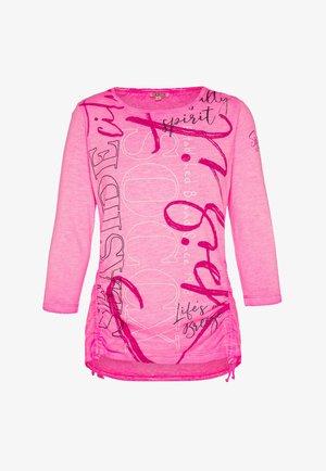 U-BOOT-AUSSCHNITT  - Print T-shirt - knockout pink