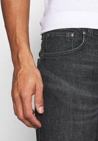 Nudie Jeans - GRIM TIM - Džíny Slim Fit - black pixel - 6