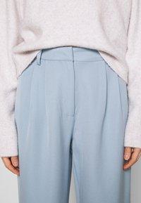 YAS - YASCORNFLOWER CROPPED PANT - Trousers - cornflower blue - 5
