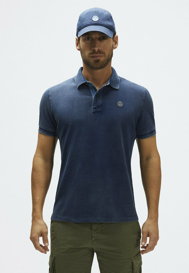 Polo shirt - blue denim