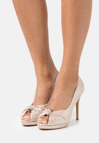 Lulipa London - LILAS - Peep toes - soft metallic - 0