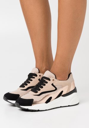 CANDIIE - Joggesko - light pink
