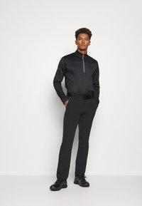 adidas Golf - FALLWEIGHT PANT - Tygbyxor - black - 1