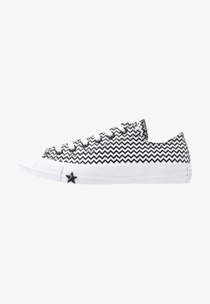 CHUCK TAYLOR ALL STAR MISSION - Zapatillas - white/black