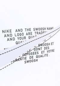 Nike Sportswear - COURT TEE - Triko spotiskem - white - 6