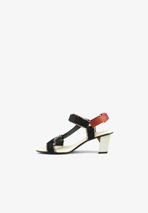 Sandals - viper