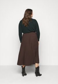 Selected Femme Curve - SLFLEXIS MIDI SKIRT - A-line skirt - coffee bean - 2