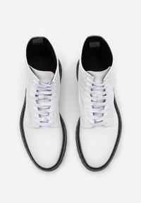 Iro - WAYNE - Botines con cordones - white - 3