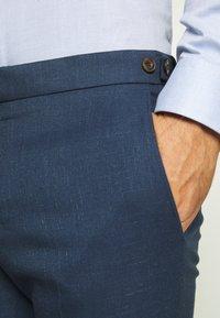 Ben Sherman Tailoring - BRIGHT FLECK SUIT SLIM FIT - Kostym - blue - 9