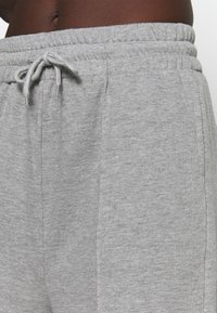 South Beach - CROPPED CITY PANT - Pantalones deportivos - grey - 3