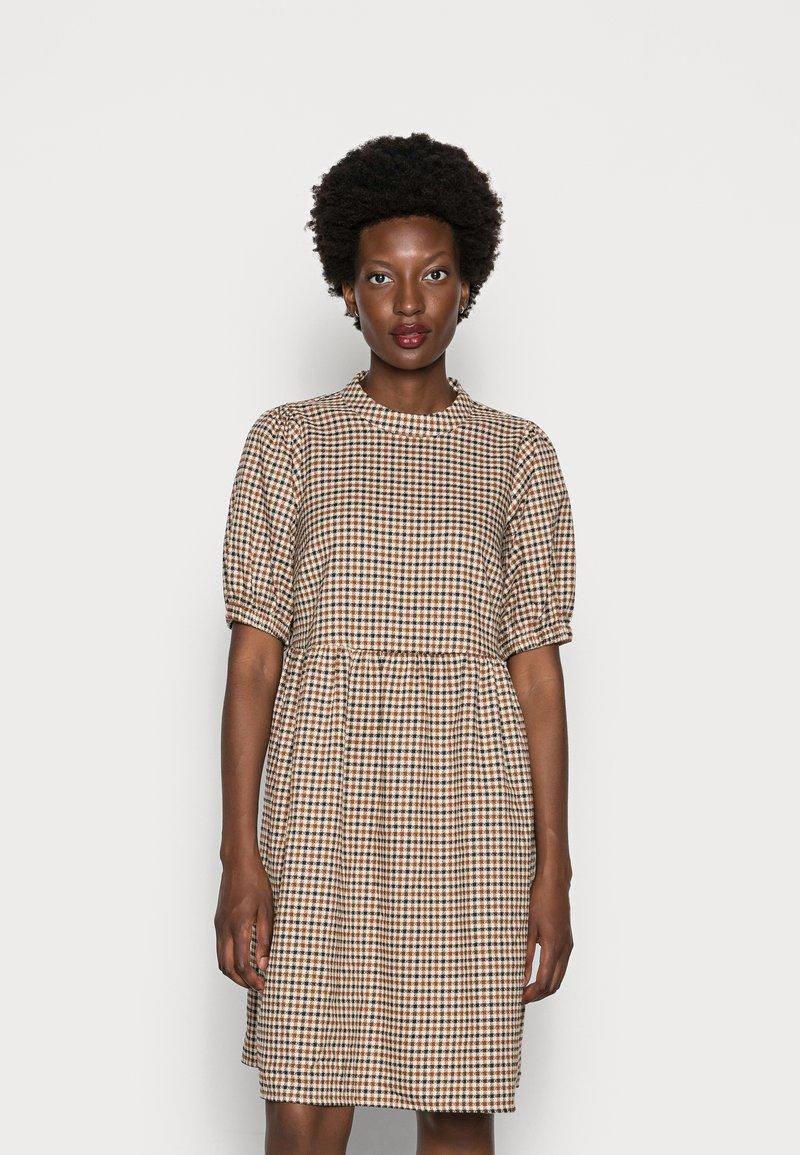 Love Copenhagen - CULLA DRESS - Day dress - brown check