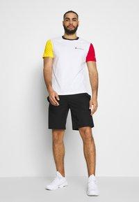 Champion - BERMUDA - Short de sport - black - 1
