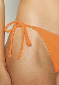 Topshop - HI LEG TIE SHIRRED PANT - Bikiniunderdel - mango - 4