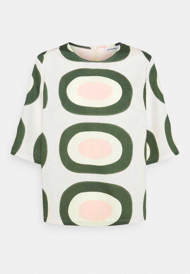 HYMYTEN PIENI MELOONI - T-shirt print - green/yellow/pink