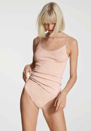 Undershirt - lace parfait pink