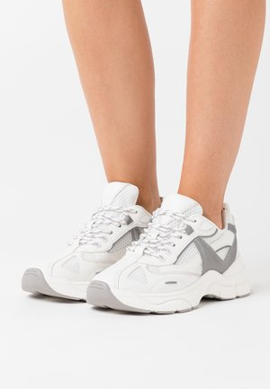 CAMBER CHUNKY  - Trainers - white