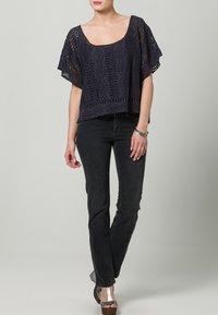 MAC Jeans - DREAM - Straight leg jeans - grau - 1