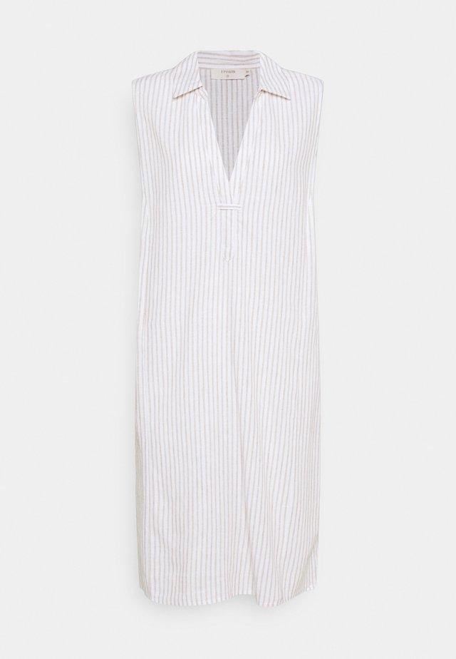 VENTA DRESS - Korte jurk - straw