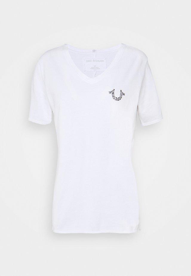 V NECK HORSESHOE - T-shirt imprimé - white