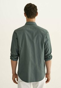 Massimo Dutti - SLIM FIT - Shirt - green - 1