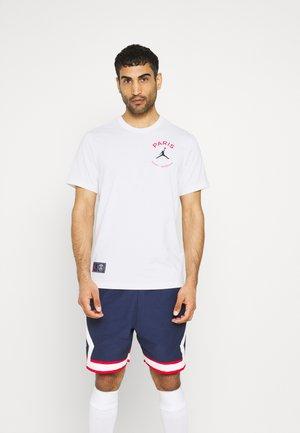 PARIS ST. GERMAIN LOGO TEE - Klubbkläder - white
