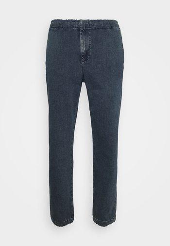 PROSEPECT JOGGER - Slim fit jeans - elkhart