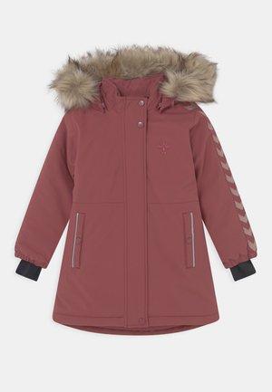 LEAF COAT - Winterjas - roan rouge
