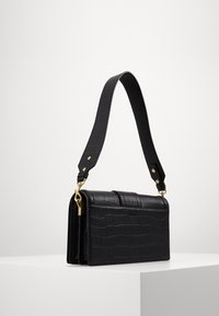 Versace Jeans Couture - SHOULDER BAG - Håndveske - nero - 1
