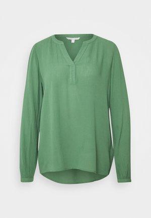Tunic - vintage green