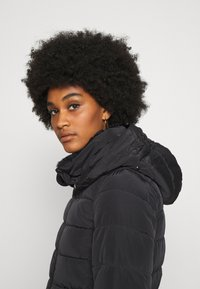 ONLY - ONLCAMILLA QUILTED  - Winter coat - black - 3