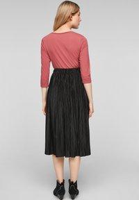 s.Oliver - Pleated skirt - black - 2