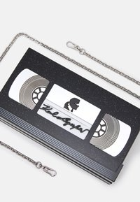 KARL LAGERFELD - VIDEO TAPE MINAUDIERE - Clutch - black - 3