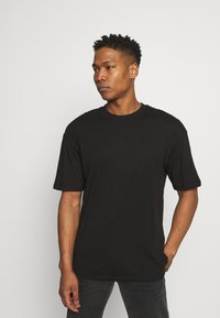 Jack & Jones - JORBRINK CREW NECK - T-shirt - bas - black - 0