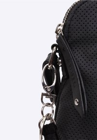 SURI FREY - ROMY - Across body bag - black 100 - 7