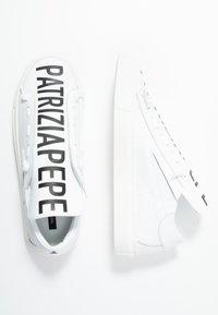 Patrizia Pepe - Loaferit/pistokkaat - bianco - 3