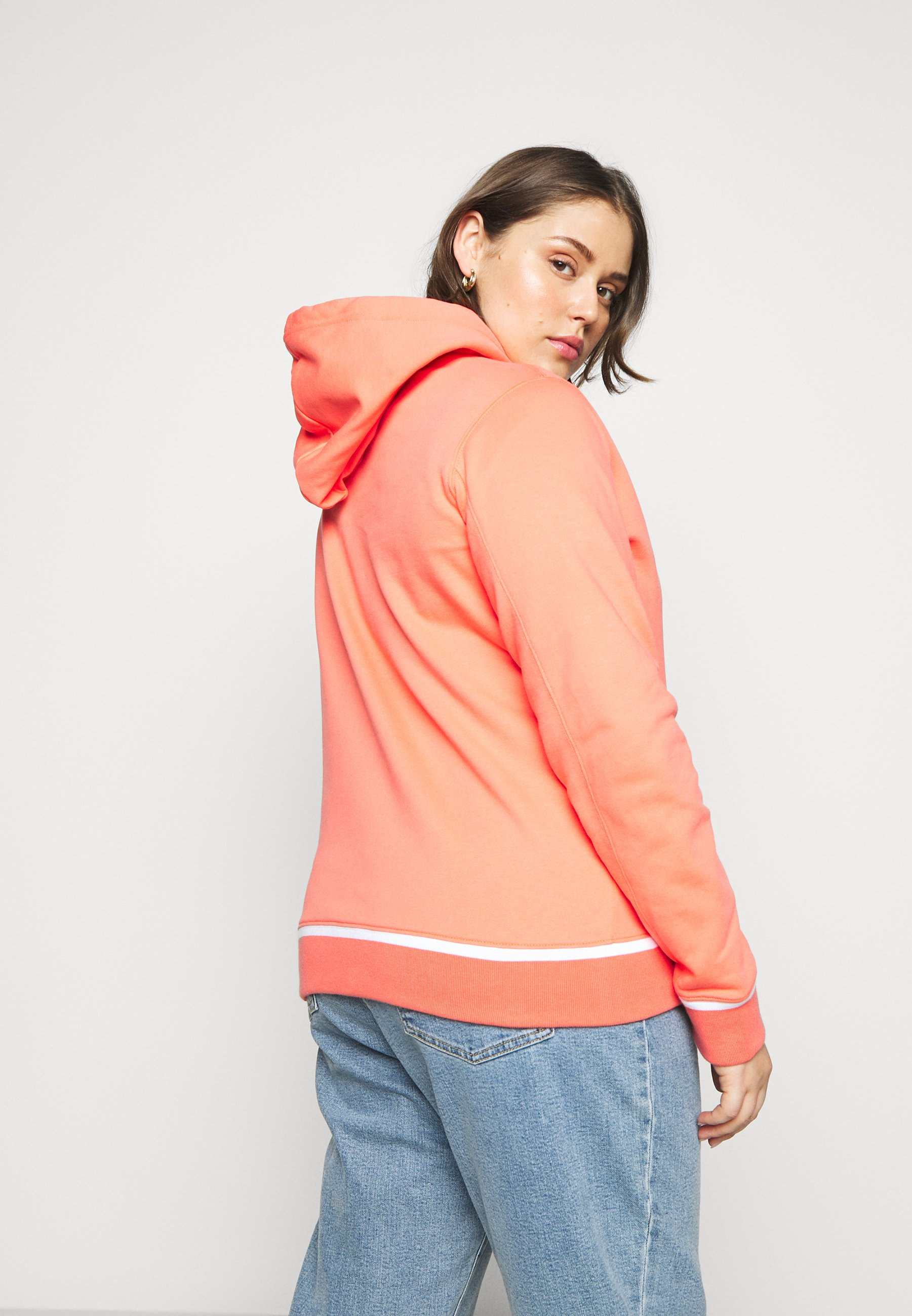 Reliable Women's Clothing Calvin Klein Jeans Plus EMBROIDERY HOODIE Hoodie coral DcGJqVRf1
