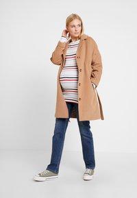Esprit Maternity - PANTS - Jeansy Straight Leg - medium wash - 1