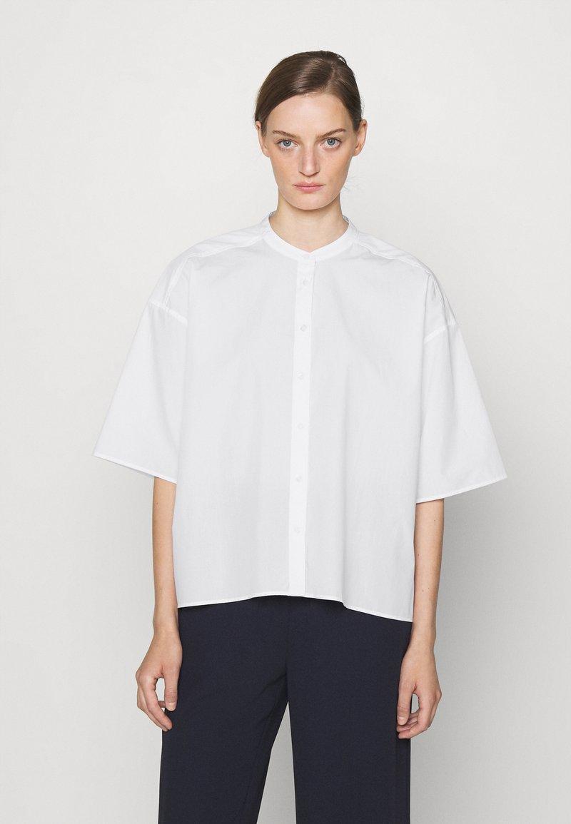 CLOSED - TULIP - Bluser - white