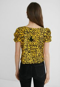 Desigual - ANIMAL PRINT - Print T-shirt - yellow - 2
