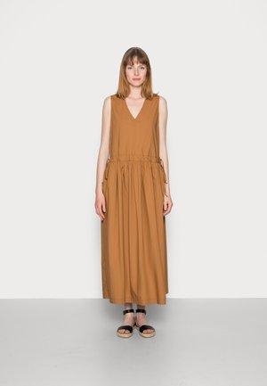 Day dress - brown ochre