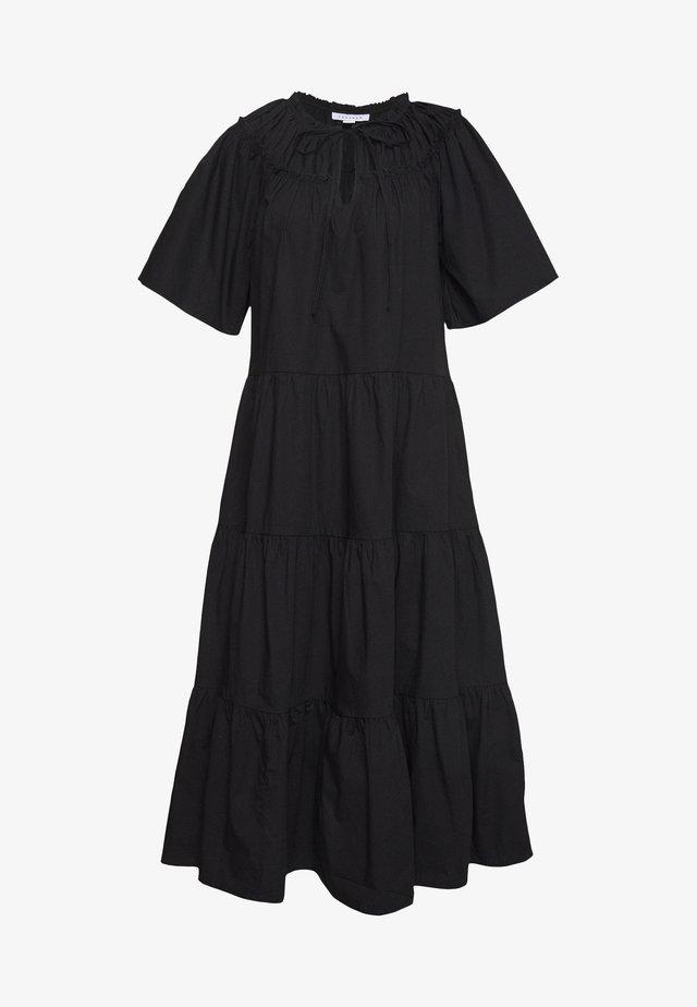 SMOCK MIDI - Denní šaty - black
