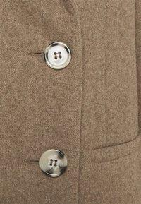 Glamorous Petite - LADIES COAT - Classic coat - oatmeal - 2