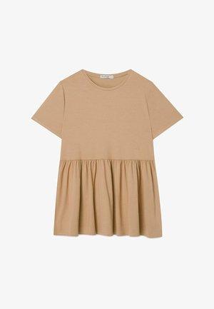 BASIC-PEPLUM - T-shirt med print - beige