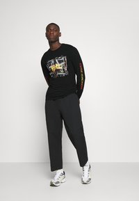 Only & Sons - ONSBTTF TEE - Long sleeved top - black - 1