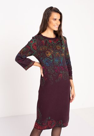Jumper dress - brown red