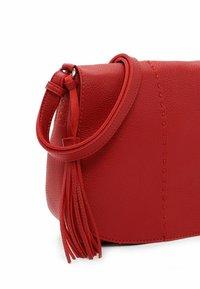 SURI FREY - STACY - Across body bag - red - 4