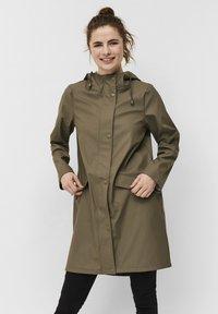 Vero Moda - SUNDAY NORTH - Waterproof jacket - bungee cord - 0