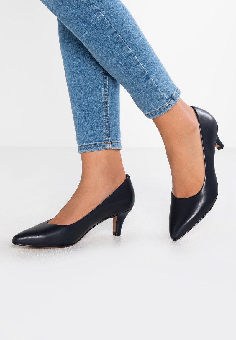 Clarks - LINVALE JERICA - Classic heels - navy