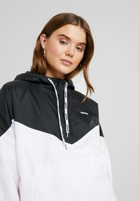 Levi's® - KIMORA JACKET - Windbreaker - meteorite/bright white - 4